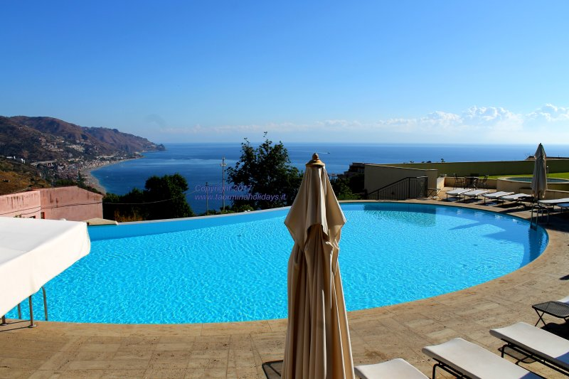 The Pool and the view from the apartment - Taormina Chic Apartment , Pool , Parking , Center - Taormina - rentals