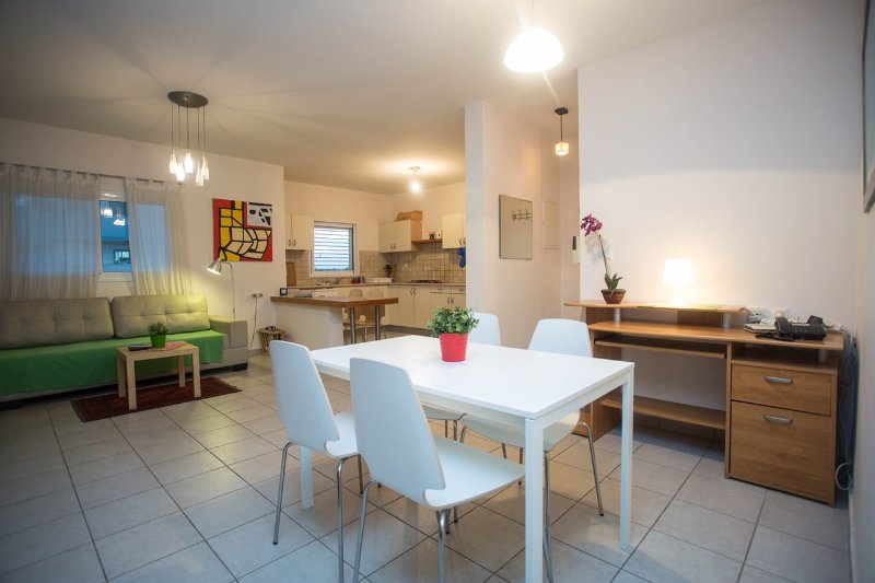 Raanana Luxury- Deluxe 2BR + Balcony (REF 05) - Image 1 - Ra'anana - rentals