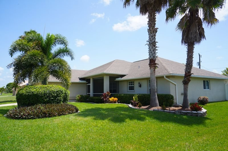Villa Jenny - Cape Coral 3b/2ba home w/electric heated pool/spa, HSW Internet, - Image 1 - Cape Coral - rentals