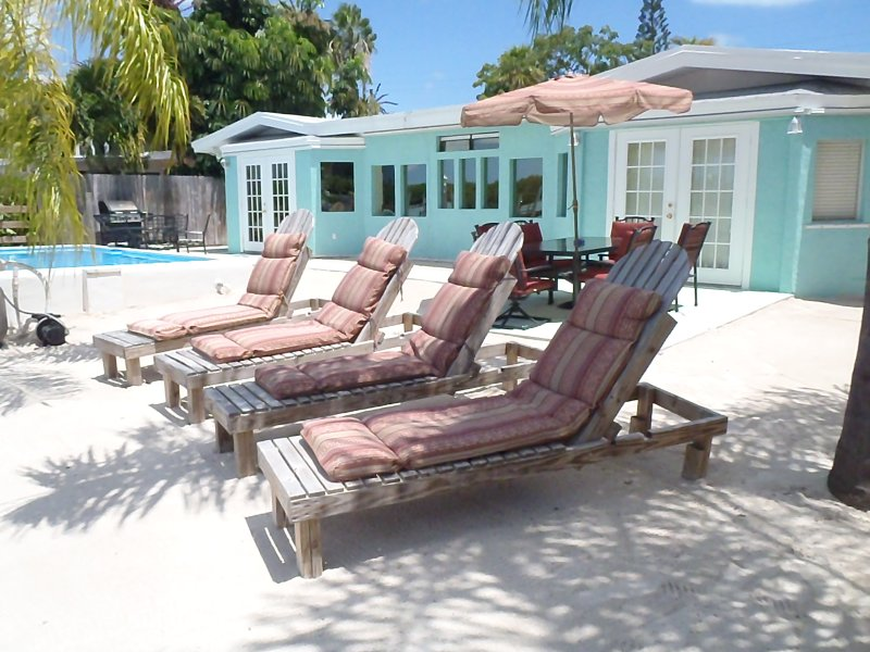Relax, you're in the Florida Keys. - Gulf View Three - 3 bedroom, 3 bathroom, Gulf Side - Marathon - rentals