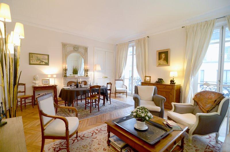 2 bedroom Parisian Luxury next to Champs-Elysées - Image 1 - Paris - rentals