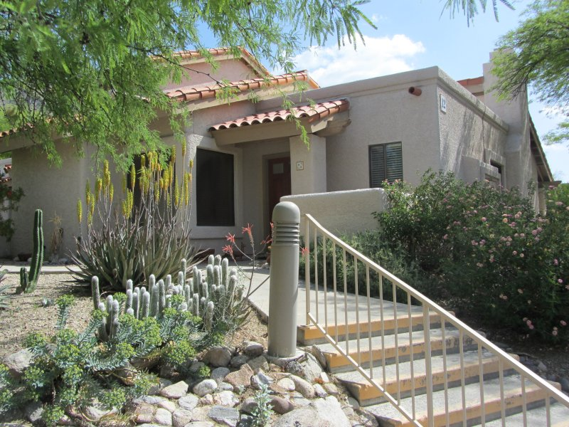 Front of Villa - High Desert Luxury in Tucson's Catalina Foothills - Tucson - rentals