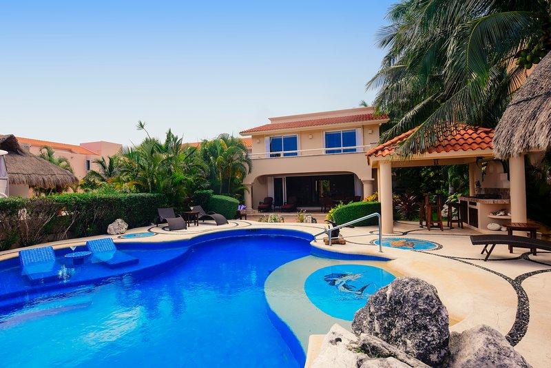 Riviera Maya Haciendas, Villa Marinera - Villa Facade Waterfront - Riviera Maya Haciendas - Villa Marinera/With Yacht - Puerto Aventuras - rentals