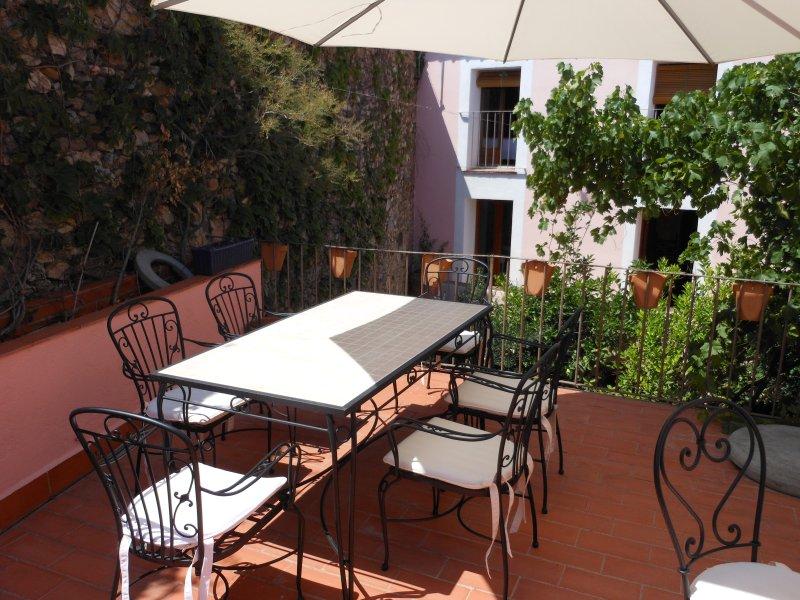 Casa Rural El Pati De L´Albera - Image 1 - Sant Climent Sescebes - rentals
