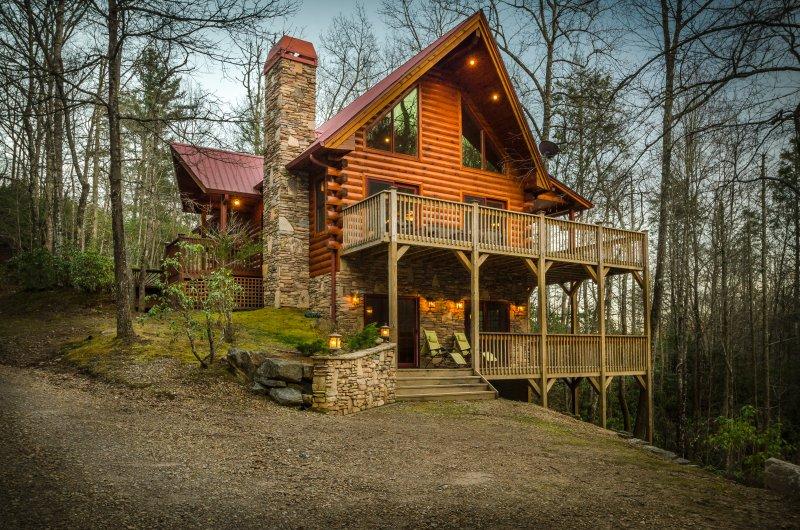 Walnut Hills - Private with creek! - Image 1 - Franklin - rentals