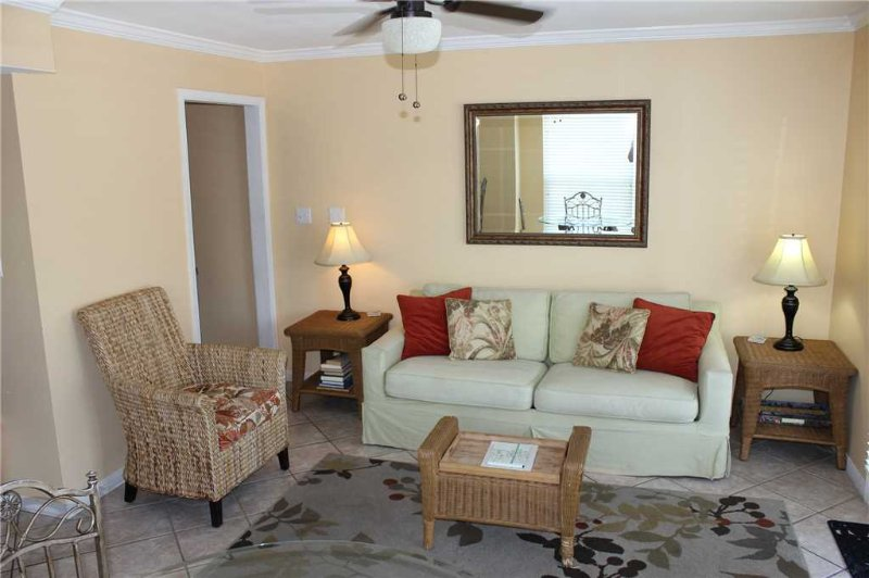 Summer Breeze Condominium 212 - Image 1 - Miramar Beach - rentals