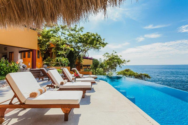 Villa Mandarinas, Sleeps 18 - Image 1 - Puerto Vallarta - rentals
