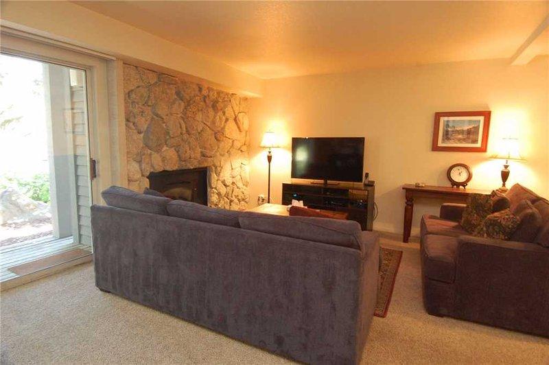 #561 Club Drive - Image 1 - Mammoth Lakes - rentals