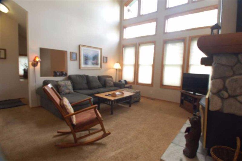 #876 Par Court - Image 1 - Mammoth Lakes - rentals