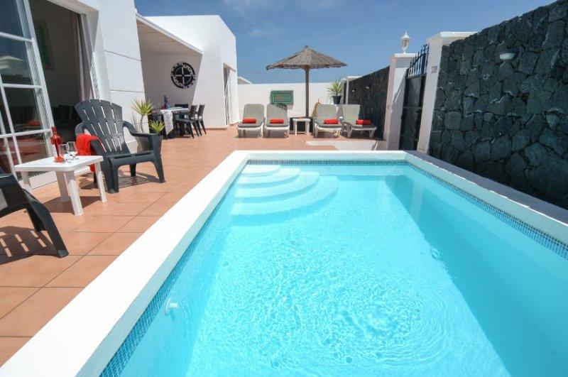 Villa LVC204211 - Image 1 - Costa Teguise - rentals