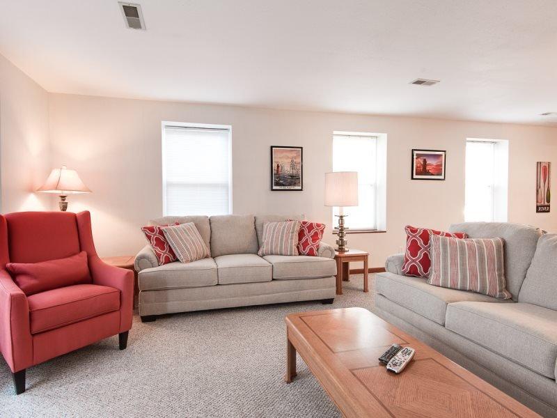 Harbortown Three - Image 1 - South Haven - rentals