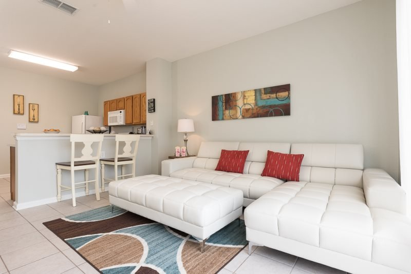 Windsor Estate | 3 Bed Townhome Newly Furnished with Private Screened Pool - Image 1 - Four Corners - rentals
