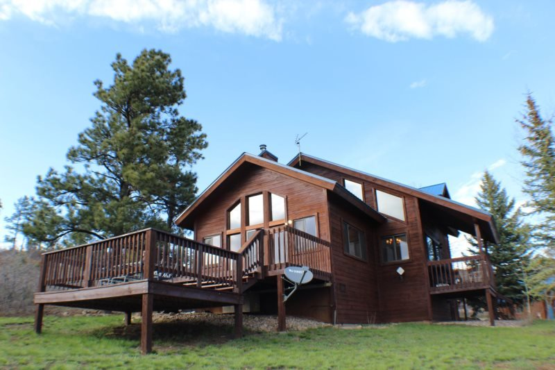 Pine Vista, a beautiful home located in Pagosa Springs, offers a serene and - Image 1 - Pagosa Springs - rentals
