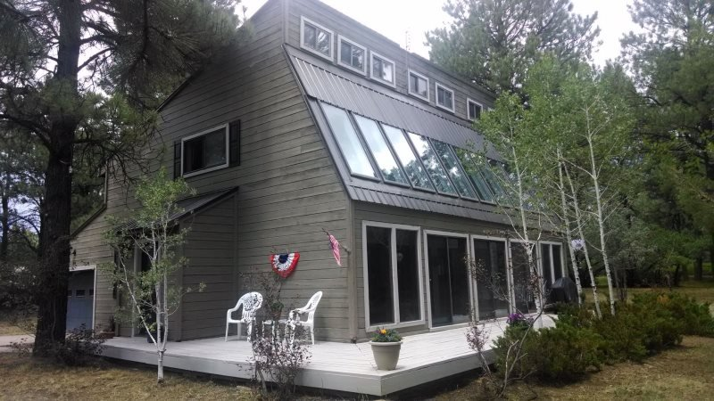 Fairway is a 3 bedroom vacation home in Pagosa Springs right on the golf course. - Image 1 - Pagosa Springs - rentals