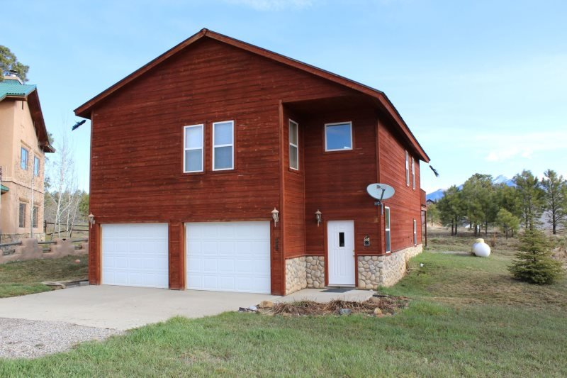 Hidden offers a relaxing Pagosa Springs vacation in this pet friendly home. - Image 1 - Pagosa Springs - rentals