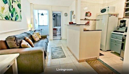 Clean, Modern One Bedroom Apartment Close to Beach in Copacabana Next to - Image 1 - Rio de Janeiro - rentals