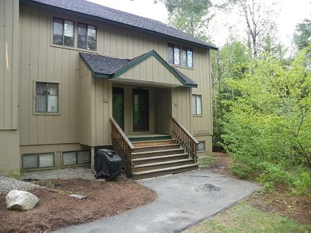 Waterville Valley Condo next door to Outdoor Pool - Image 1 - Waterville Valley - rentals