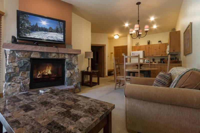 Expedition Station 8563 - Walk to gondola, pool and hot tub on site! - Image 1 - Keystone - rentals