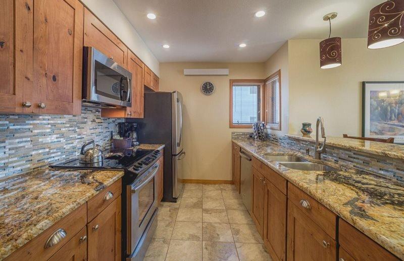 Ski Run Condominiums 201 - Walk to slopes, ski area views, new tile, pool! - Image 1 - Keystone - rentals