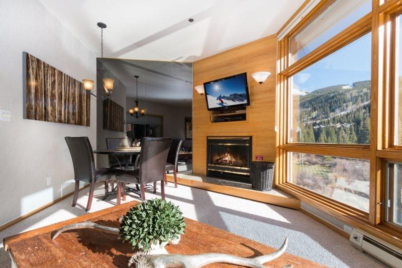 River Bank Lodge 2924 - River Run, walk to slopes, private 4 person deep - Image 1 - Keystone - rentals