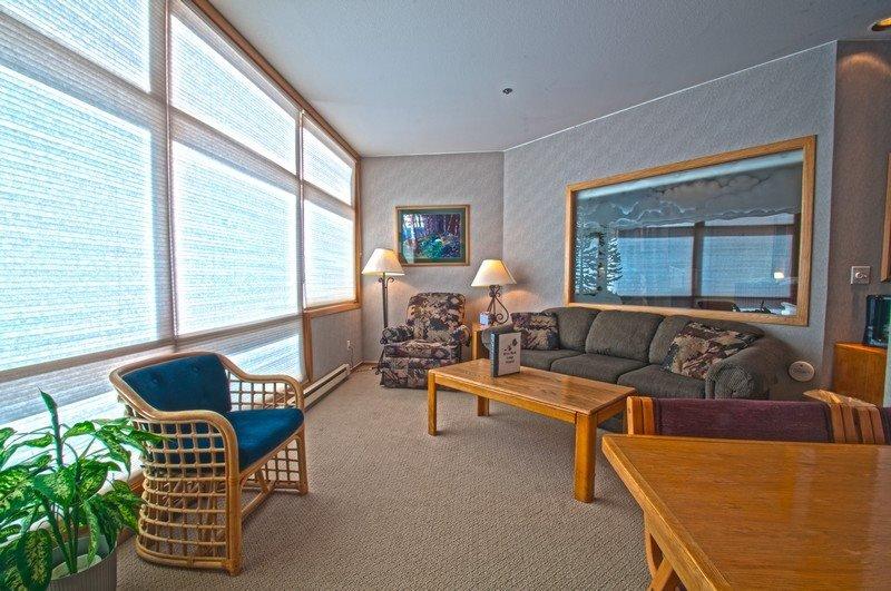 River Bank Lodge 2915 - Economical in River Run Village! Walk to Gondola! - Image 1 - Keystone - rentals