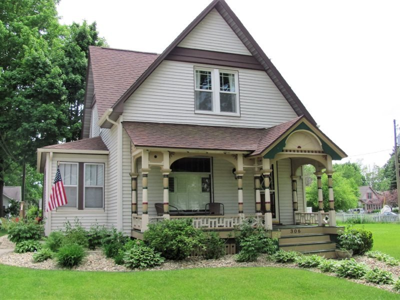 306 Erie - Image 1 - South Haven - rentals