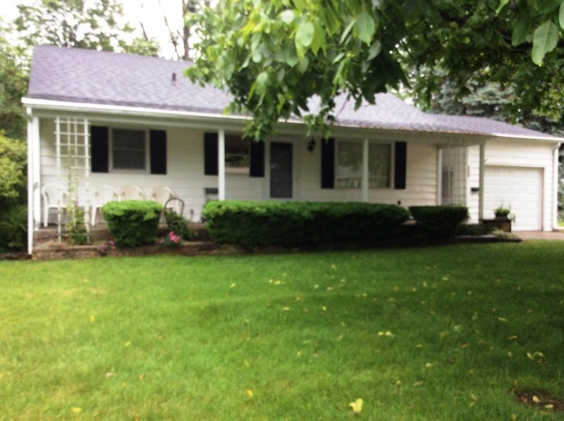 1009 Monroe Boulevard - Image 1 - South Haven - rentals