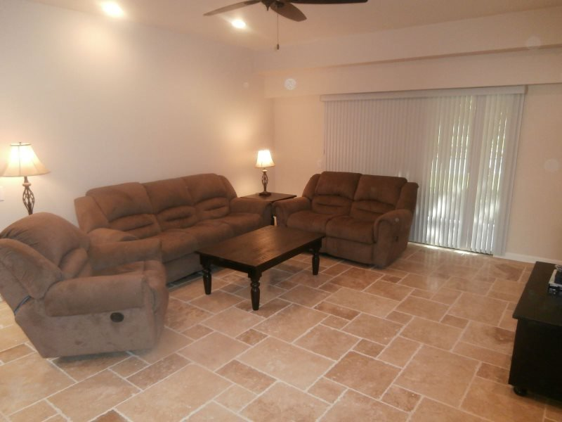 THREE BEDROOM CONDO ON ISLETA - 3CNOR - Image 1 - Greater Palm Springs - rentals