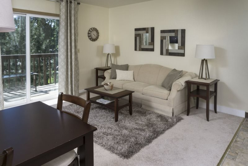 Bend Condo, 2 Blocks to Downtown, Walk Along the River, Peaceful and Beautiful - Image 1 - Bend - rentals