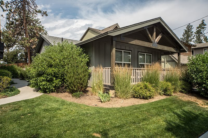Bend Centrally Located. Heyburn St Cottage, Super Cute! - Image 1 - Bend - rentals