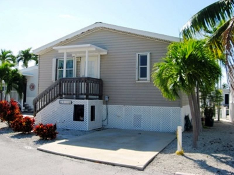 Affordable Canal Front Home - Image 1 - Cudjoe Key - rentals