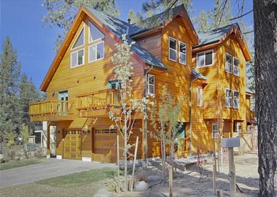 1175WA-Deluxe Tahoe Property close to Gondola and Casinos - Image 1 - South Lake Tahoe - rentals