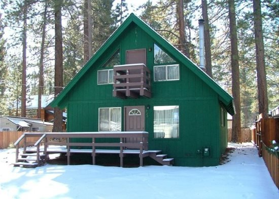 V14-Affordable Tahoe cabin with a in town location, close to everything - Image 1 - South Lake Tahoe - rentals