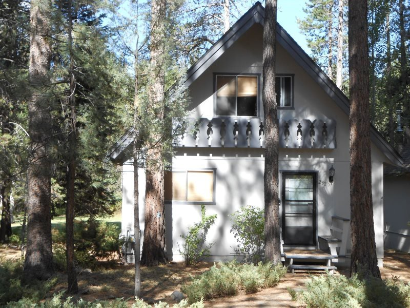 V32-Serene setting backing the meadow - follow the trails to the river! - Image 1 - South Lake Tahoe - rentals