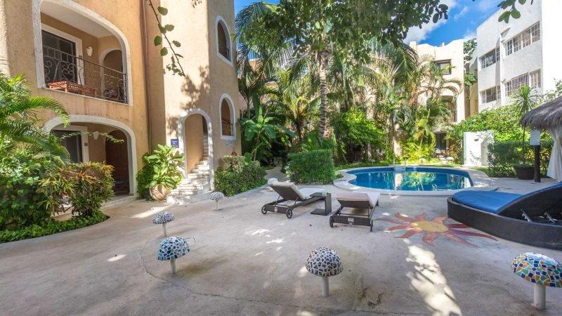 Playa del Carmen Hotel Room at the BRIC Hotel - 1 Full and 1 Single Bed - Image 1 - Riviera Maya - rentals