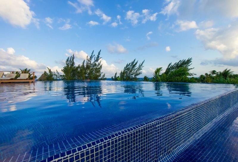 2 Bedroom Oasis with ocean views - Image 1 - Riviera Maya - rentals