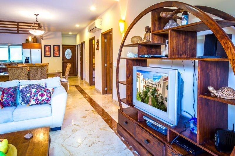 Luxury home in Paseo del Sol - Image 1 - Playa del Carmen - rentals