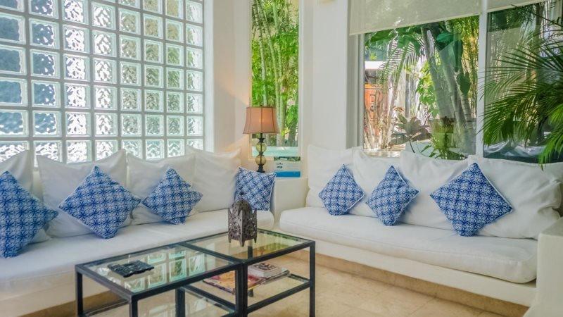 2 Bedroom Luxury condo Rental with 2 story high Living Room - Image 1 - Playa del Carmen - rentals