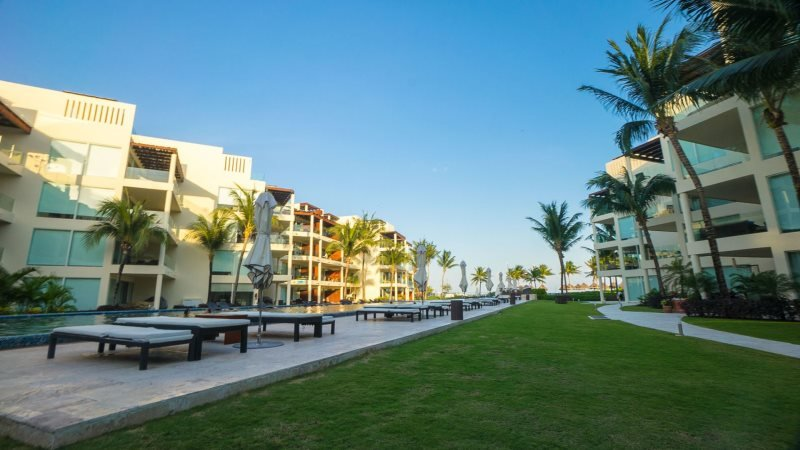 Private 2 bedroom condo with Private Beach Club - Image 1 - Riviera Maya - rentals