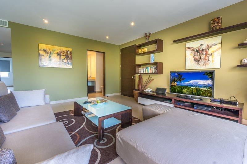 2 Bedroom Penthouse and 4 Swimming Pools - Image 1 - Playa del Carmen - rentals