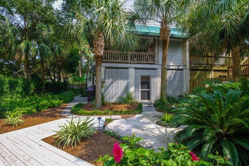 Cozy Pelican - Image 1 - Tybee Island - rentals