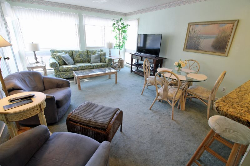Close to Everything-Great Family Condo 18272 - Image 1 - Myrtle Beach - rentals
