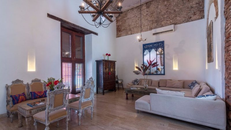 Wonderful 6 Bedroom Colonial House in Old Town - Image 1 - Cartagena - rentals
