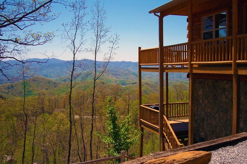 Above the Trees - Mountain Top Cabin with Amazing View, Pool Table, and Wi-Fi - Image 1 - Bryson City - rentals