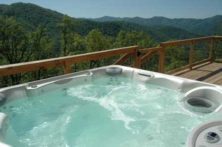 Wengen Chalet - Spectacular Views, Outdoor Hot Tub, Firepit and Screened Porch - Image 1 - Bryson City - rentals