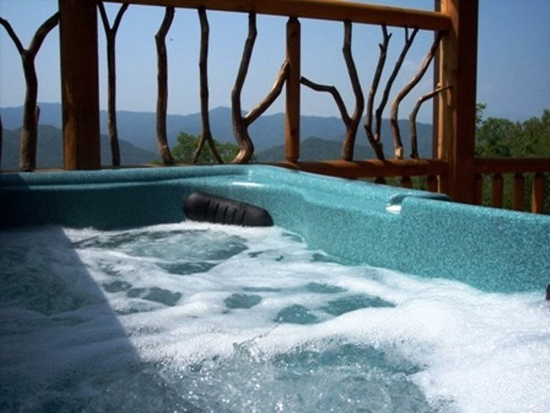 Peace of the Mountain - Unforgettable View, Sparkling Hot Tub, and a Loft Game - Image 1 - Bryson City - rentals