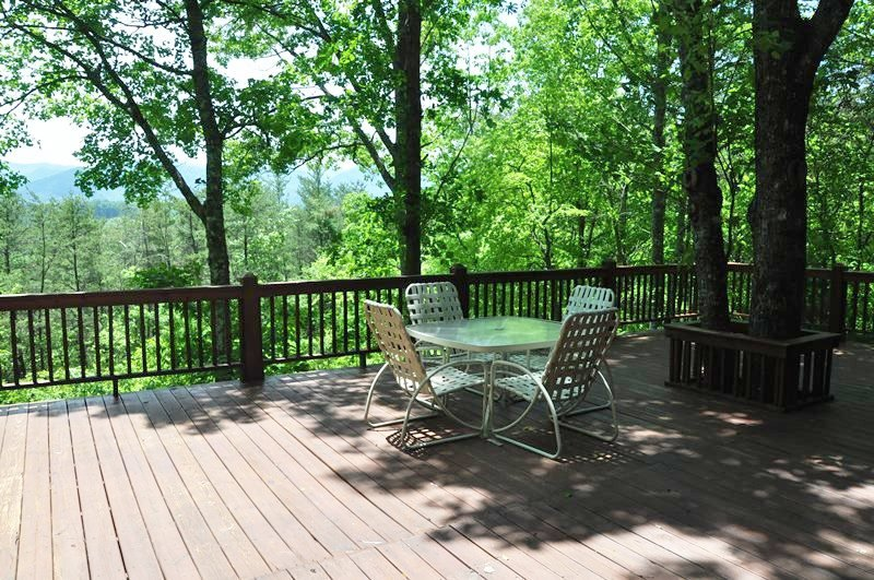 Misty Mountain - Secluded Log Cabin with View, Hot Tub, and Fire Pit - 10 - Image 1 - Dillsboro - rentals