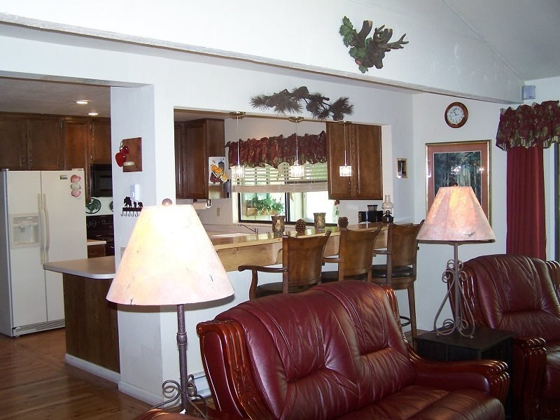 #8 ASPEN Recently upgraded! $215.00-$240.00 BASED ON DATES AND NUMBER OF - Image 1 - Plumas County - rentals