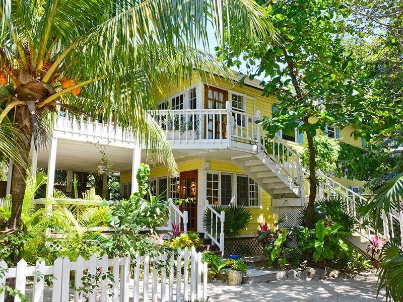 Barefoot Dream Beach Level - Image 1 - West Bay - rentals