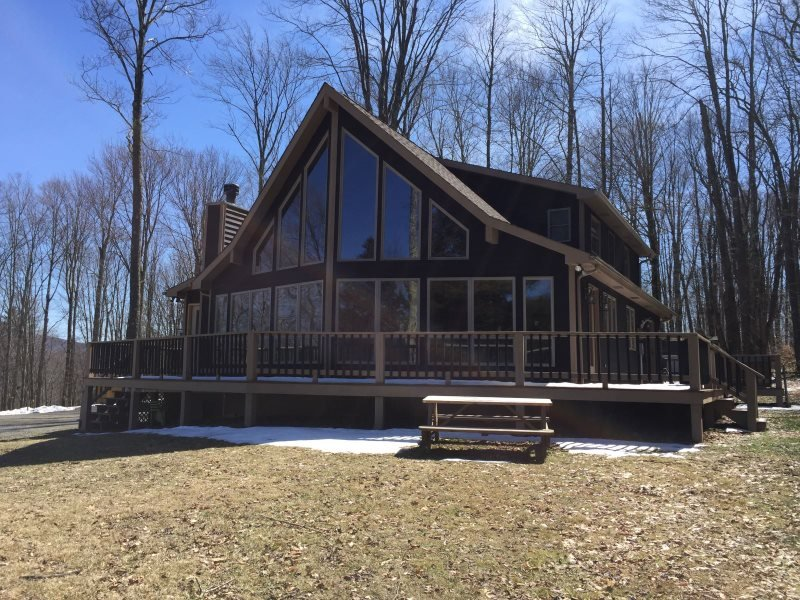 Buck`s Branch - 123 Aspen Knoll Road - Image 1 - Canaan Valley - rentals